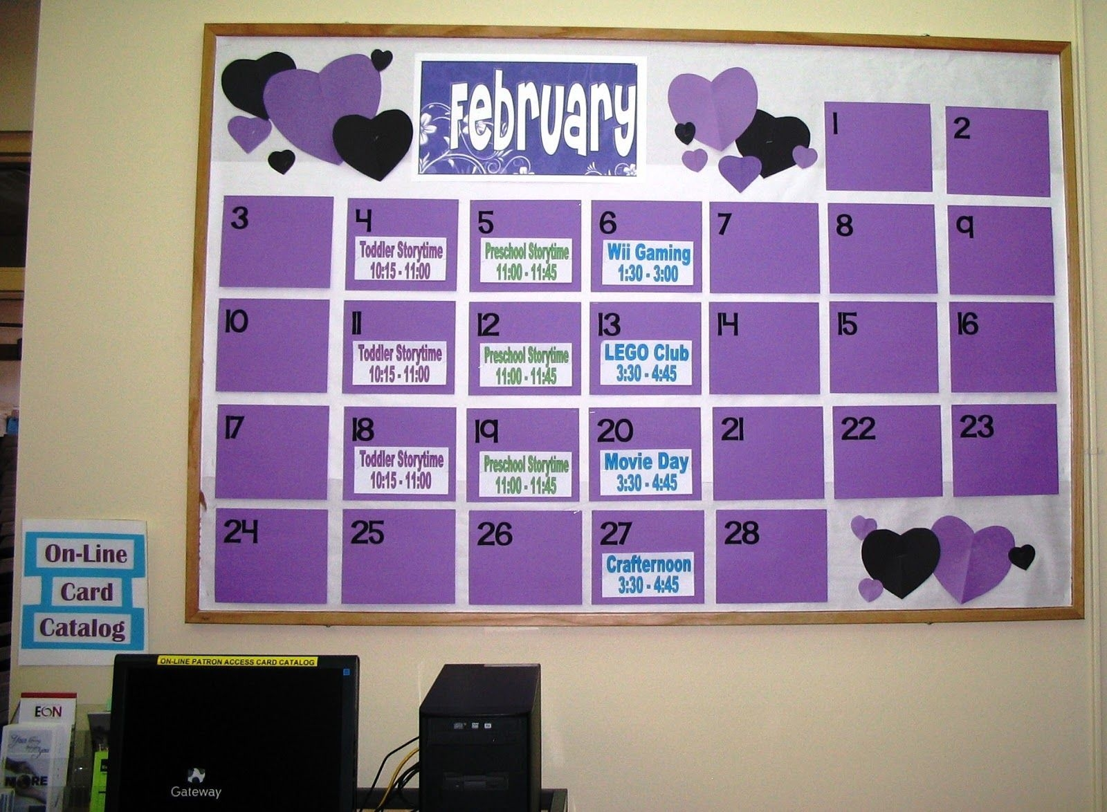 Giant Calendar In Hallway With Upcoming Events | Classroom